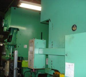 プレス機械の機構と構造